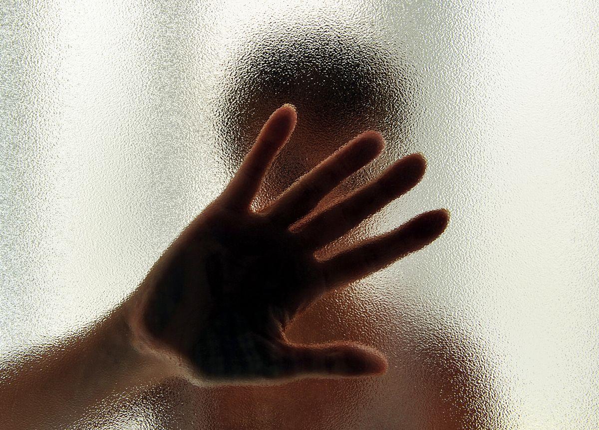 Pfarrblatt: «Sorgsam umgehen mit Nähe und Distanz»